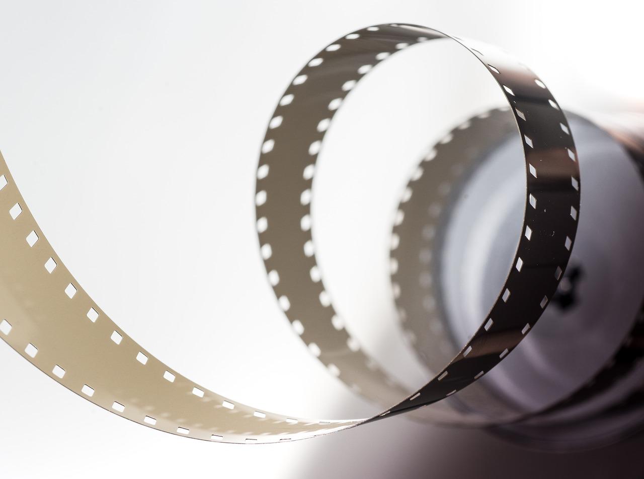 film-2233656_1280