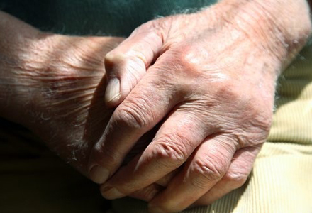C0038559-Elderly_man-SPL-1.jpg