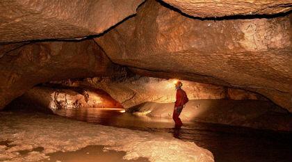 gruta2.jpg